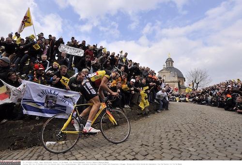 Ciclismo - Página 3 D1p5wae6g440g0goooco48s-muur-ronde-v-vlaanderen-2010-boonen