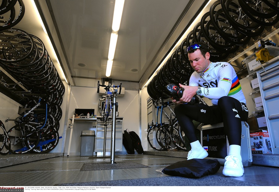 Entrenamiento_Mark_Cavendish_Team_Sky